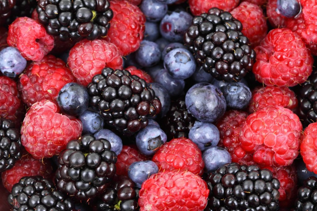 berries-blackberries-blueberries power foods against cancer